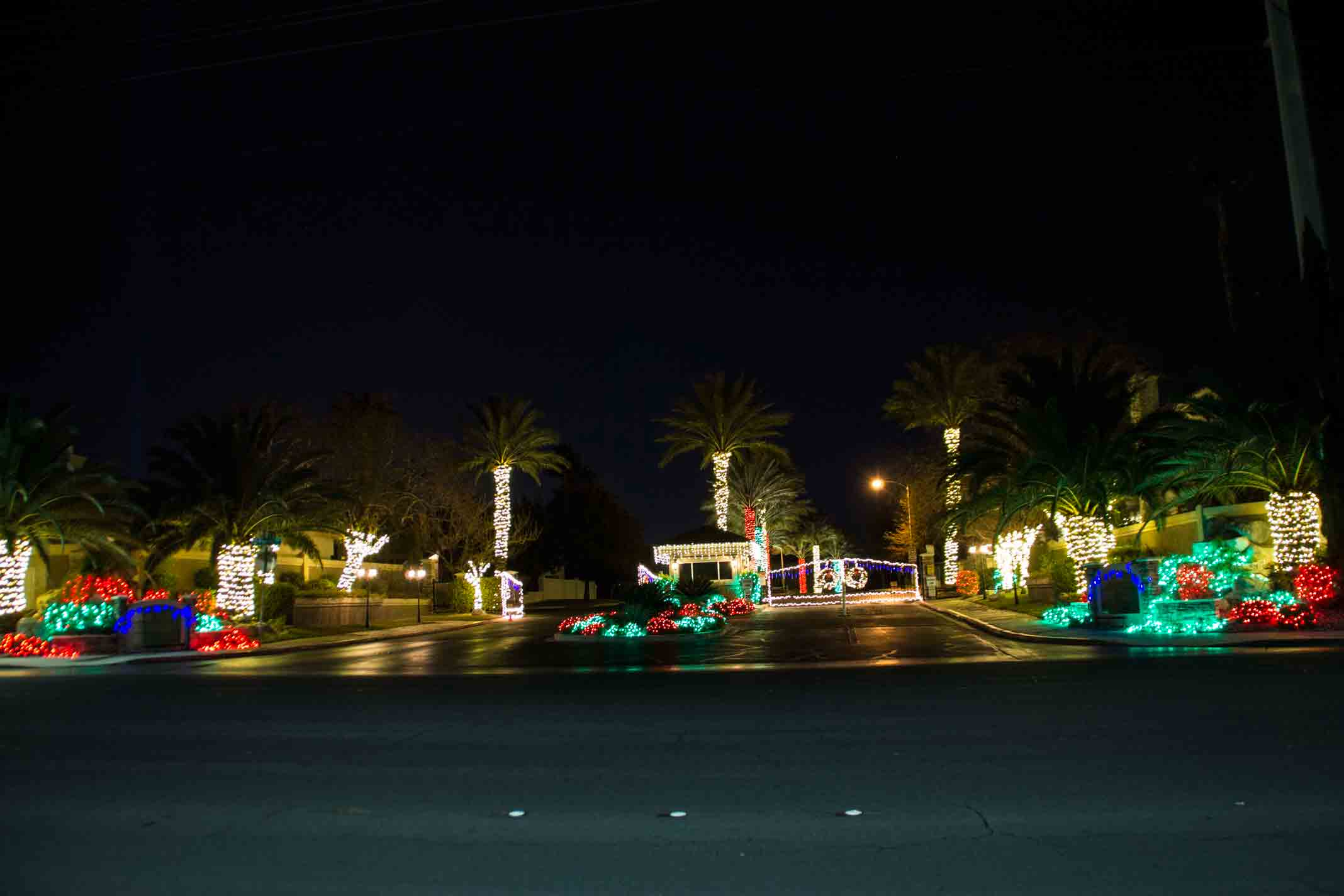 Green Valley Christmas decor by Holiday Decorations in Las Vegas